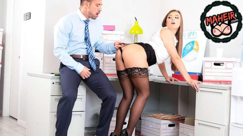 Ofiste işe başlayan çıtır ilk günden patrona verdi hd porno