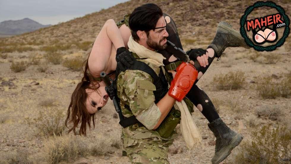 Dağda Ele Geçirdiği Terörist Kadını Götten Sert Sikiyor
